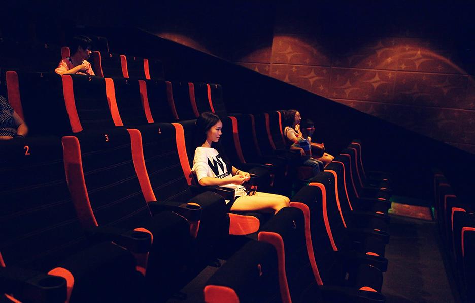看电影是Yan觉得最放松的事情,只要有好电影上映,她都不允许自己错过。