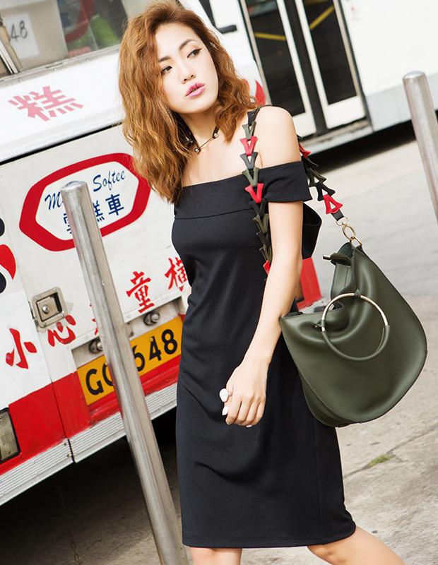 【伊霓裳】YCBQ7-335 性感一字肩包臀小黑裙
