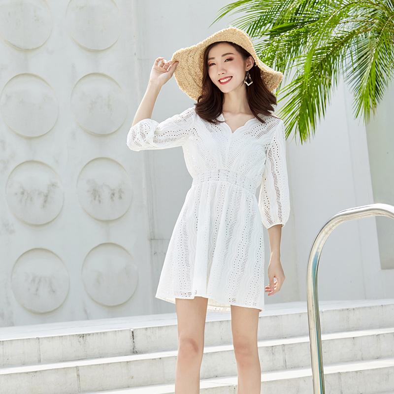 YYBJ-0032 仙气镂空绣花收腰连衣裙(配抹胸)