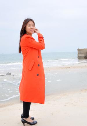 长款风衣,面对寒冷的海风完全不惧!